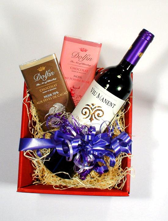 Präsentkorb Wein und Schokolade
